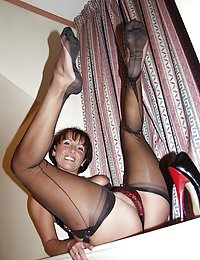 mature upskirt nylon and panties tease pictures zmilfs.com