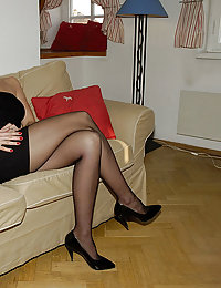 mature ladies playing in nylon knickers
